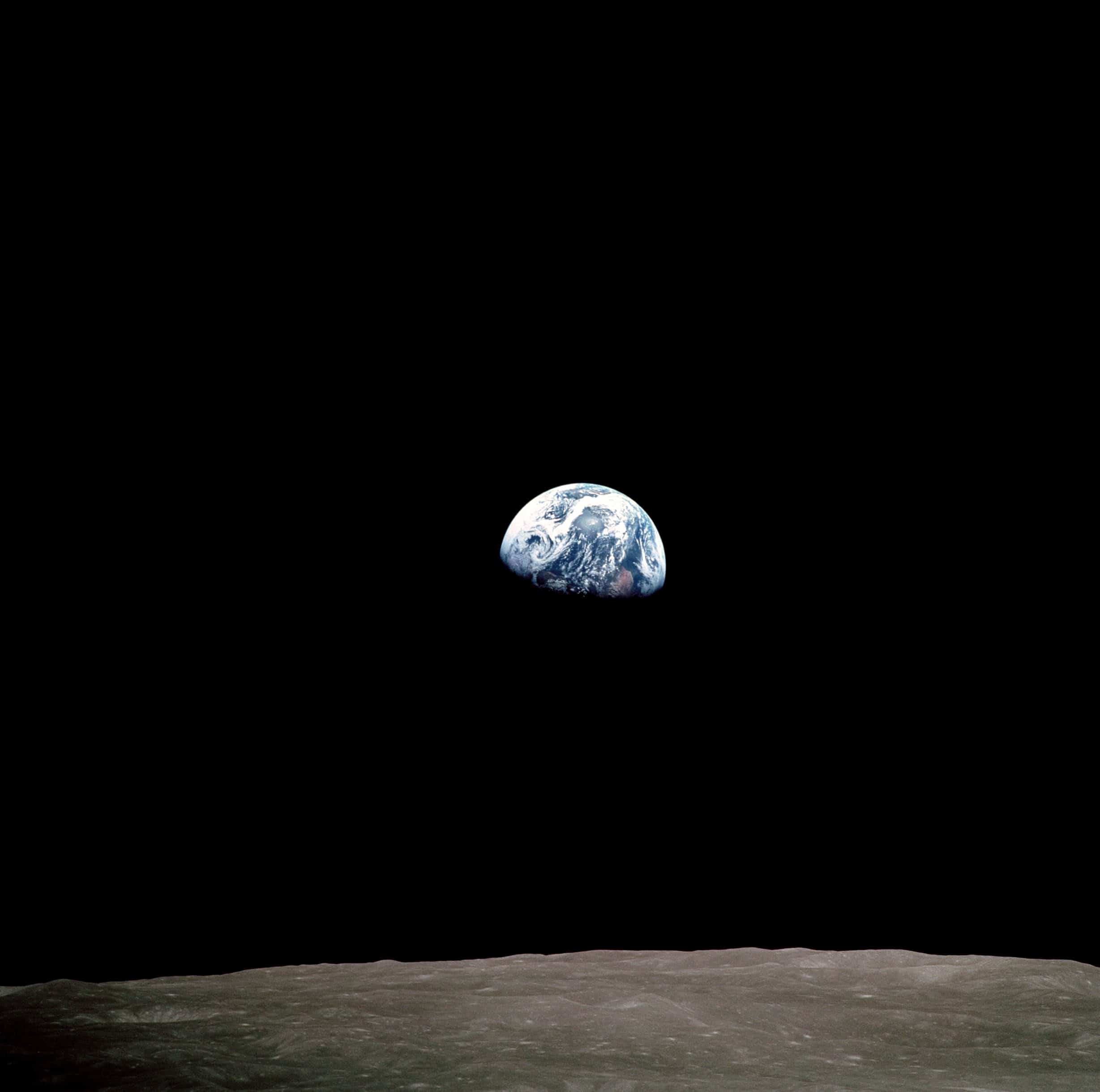 The_crew_of_Apollo_8_were_the_first_humans_to_witness_the_Earth_rising_over_the_Moon's_horizon